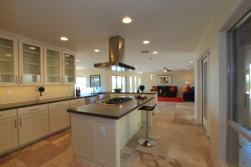 kitchen-after-with-family-room